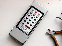 Otthoni kompakt távirányító
