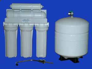 Víztisztító készülék a mosogatópulton
