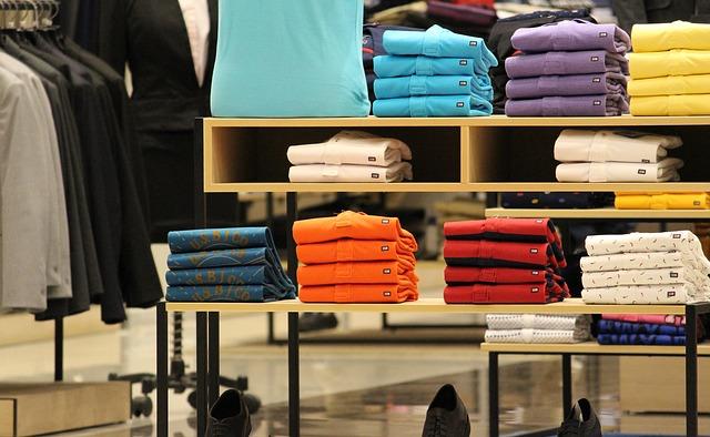 Színes pólók széles választéka